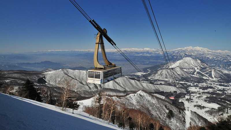 スノボツアー竜王スキーパーク