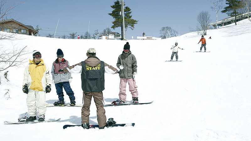 スノボツアー斑尾高原スキー場 スクールイメージ