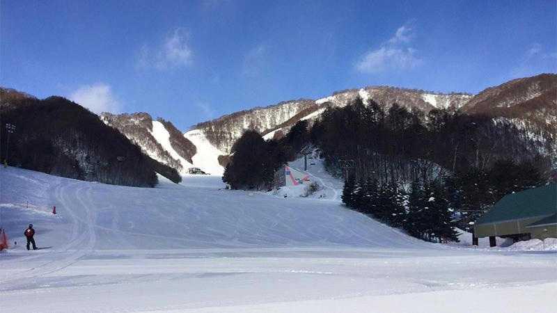 ホワイトワールド尾瀬岩鞍