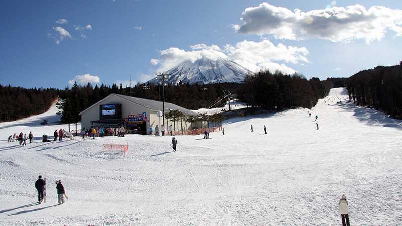 スノボツアーふじてんスノーリゾート