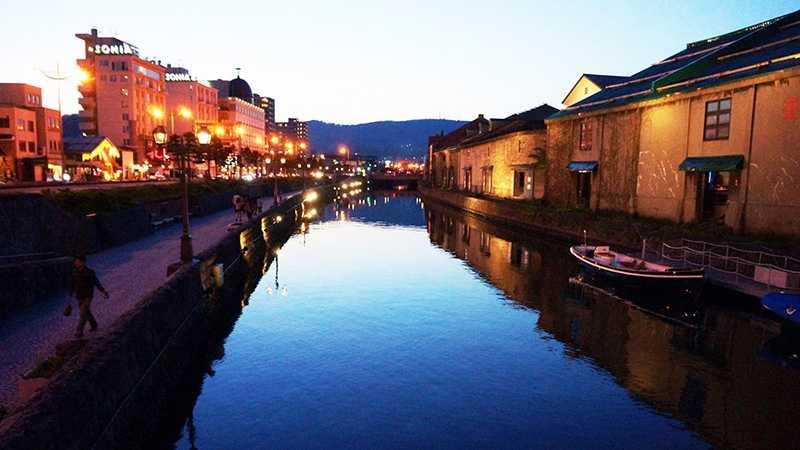 小樽のシンボル!小樽運河で思いっきりロマンチックしよう|トリッパー